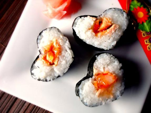 restaurant-promotion-valentines-day-food-ideas-sushi