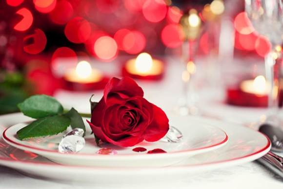 restaurant promotion valentines day table decoration