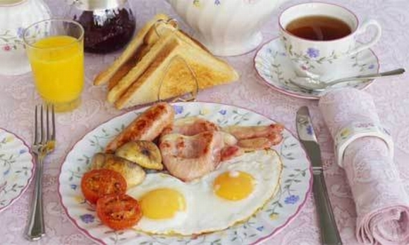 restaurant-hangover-menu-English-breakfast