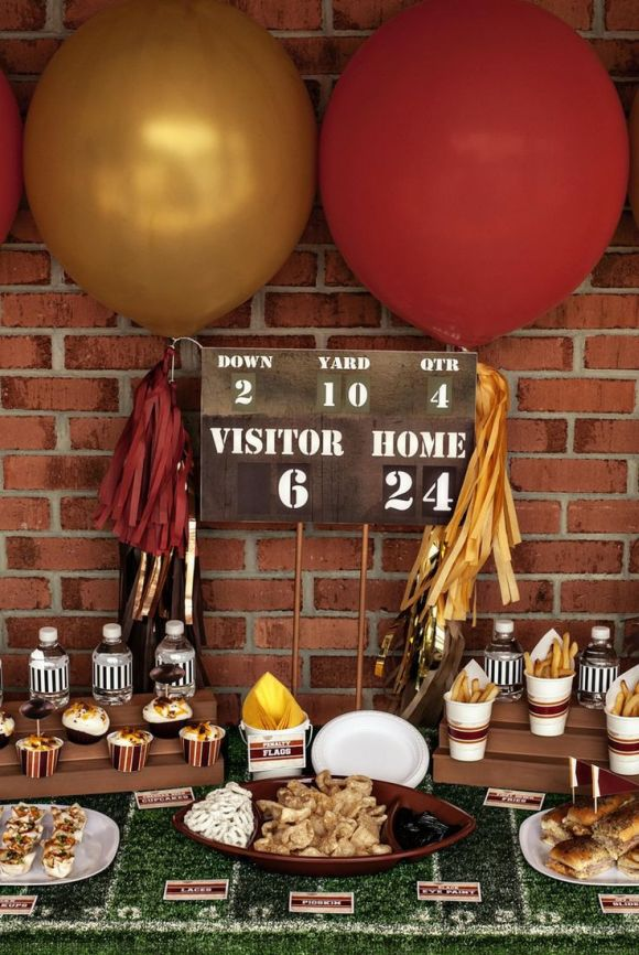 super bowl party ideas for a bar score board