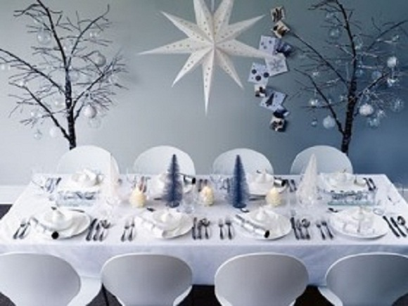 restaurant winter promotions table decoration