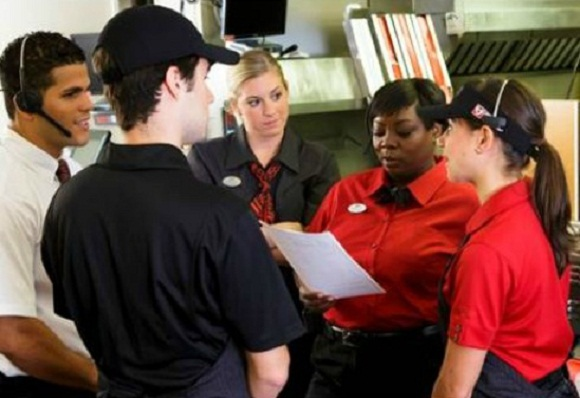 restaurant uniform ideas employee training