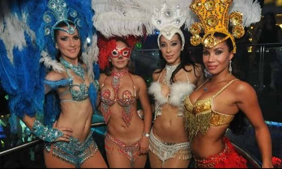 world cup restaurant promotion ideas Brazilian dancers