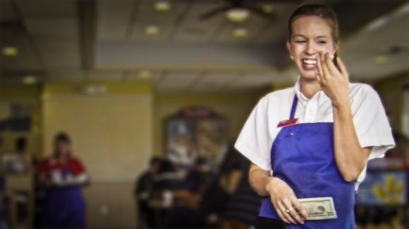 Does Restaurant Tipping Improve Your Restaurant Staff Efficiency