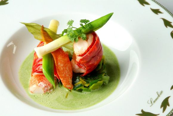 Restaurant food presentation ideas and tips from famous for Decoration culinaire