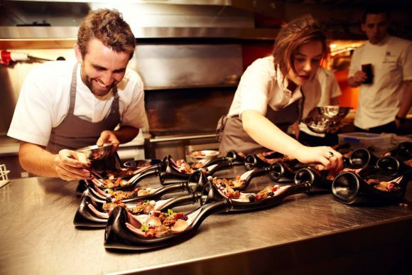 Unconventional Guide How to Manage Small Restaurant Business